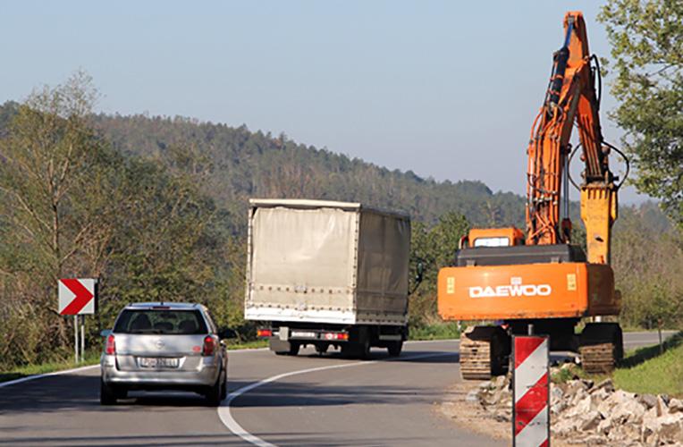 cesta rekonstrukcija